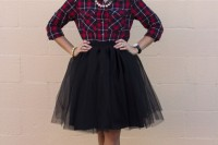 plaid-christmas-outfits-to-recreate-for-holidays-22