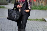 plaid-christmas-outfits-to-recreate-for-holidays-26