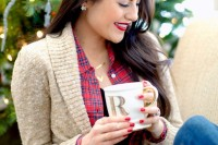 plaid-christmas-outfits-to-recreate-for-holidays-28