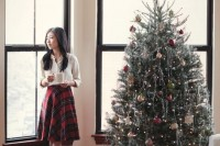 plaid-christmas-outfits-to-recreate-for-holidays-5
