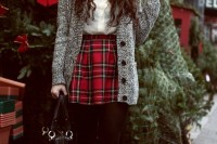 plaid-christmas-outfits-to-recreate-for-holidays-6