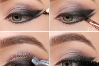 runway-worthy-diy-double-wing-cat-eye-makeup-3