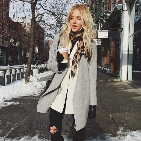 Stay Warm Stylish with Layered Outfits