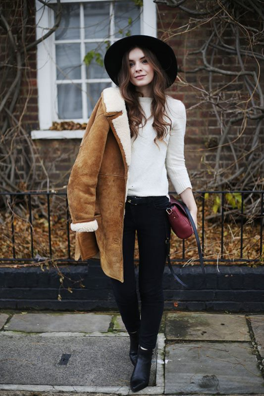 20 Stylish Outfits With Spaghetti Strap Tops