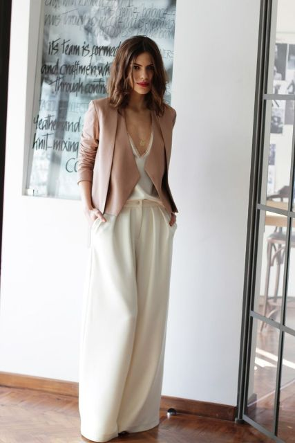 Picture Of Cool Ways To Wear Wide Leg Trousers 10