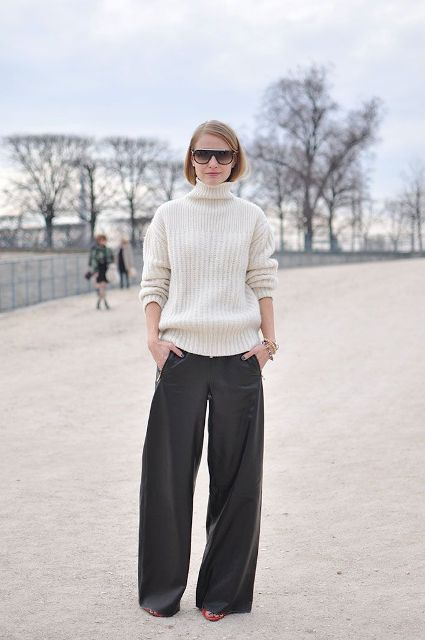 Picture Of Cool Ways To Wear Wide Leg Trousers 8