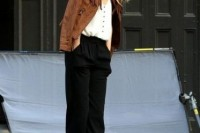 18 Suede Jacket Outfits For Stylish Ladies14