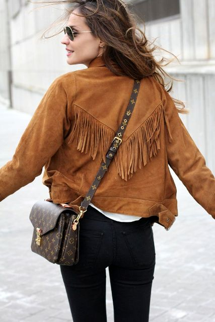 Picture Of Suede Jacket Outfits For Stylish Ladies 4