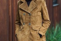 18 Suede Jacket Outfits For Stylish Ladies7