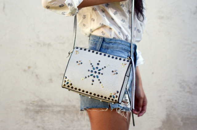 Cool DIY Embellished Crossbody Bag