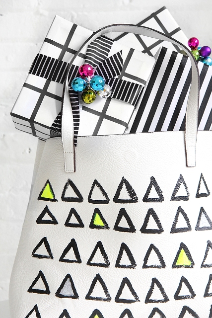 Funny DIY Leather Graphic Painted Tote