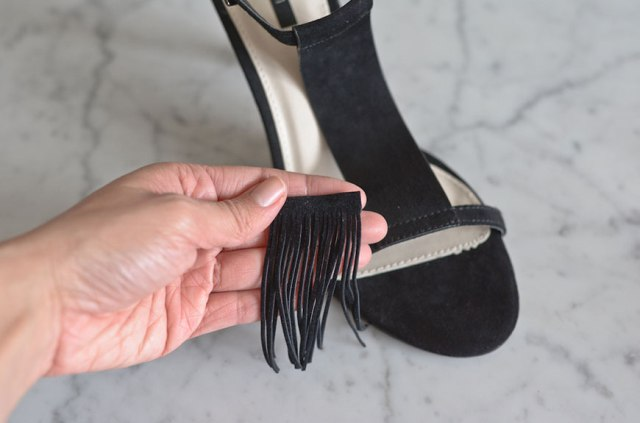 Picture Of Stylish DIY Fringe Heels 3