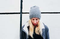 diy-slouchie-knit-beanie-for-cold-winter-days-2