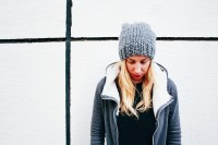 diy-slouchie-knit-beanie-for-cold-winter-days-3