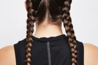 easy-diy-double-dutch-braids-for-a-better-workout-2