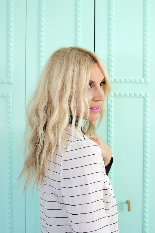 Picture Of how to create soft waves with just a hair dryer  3