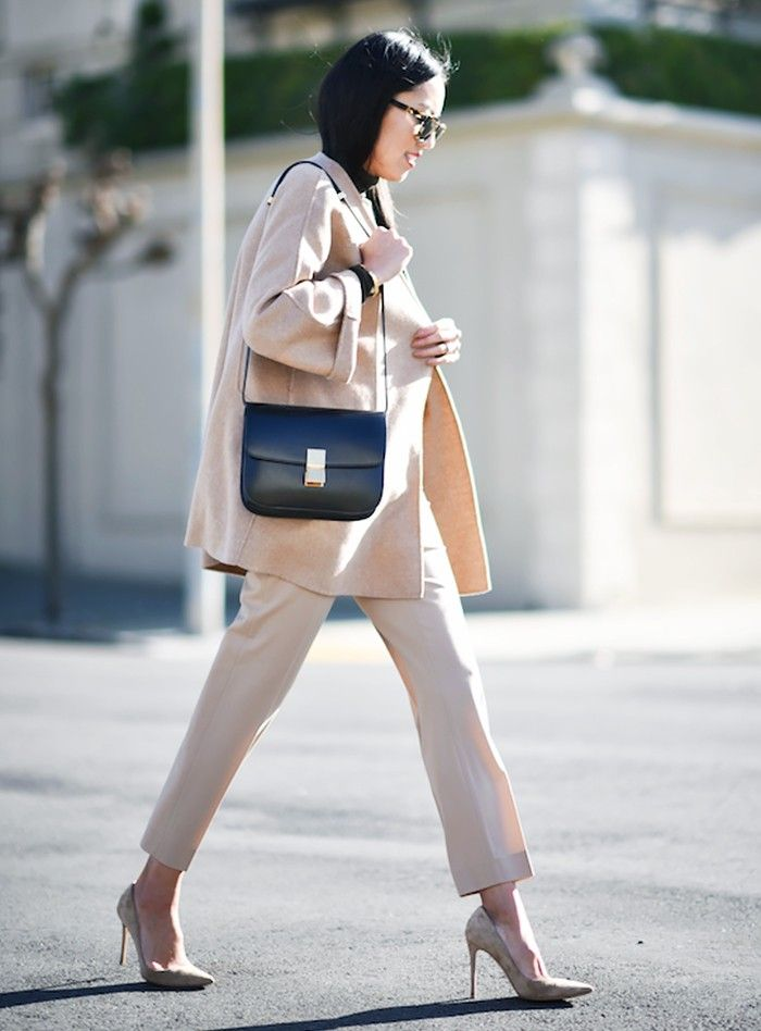 Picture Of stylish monochromatic work outfits to try  10