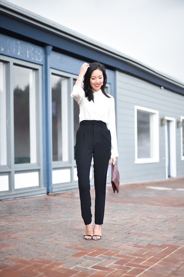 Picture Of stylish monochromatic work outfits to try  15