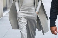 stylish-monochromatic-work-outfits-to-try-2