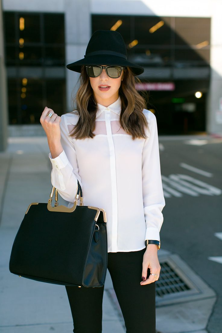 Picture Of stylish monochromatic work outfits to try  21
