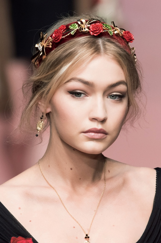 The Hottest Fashion Trend: 15 Stylish Headbands To Rock This Spring