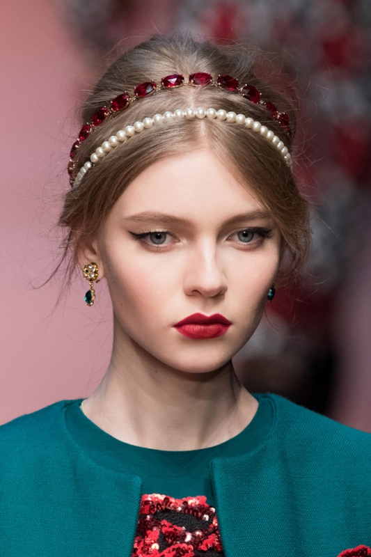 Picture Of the hottest fashion trend 15 stylish headbands to rock this spring  11