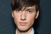 16 Angular Fringe Hairstyle Ideas For Men 14