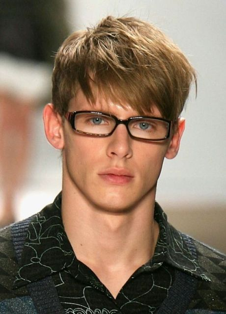 Angular Fringe Hairstyle Ideas For Men