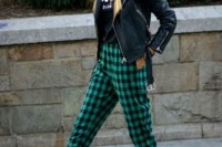 16 Awesome Checked Trousers Outfits For Ladies 10