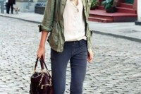 16 Green Army Jacket Outfits For Stylish Girls6