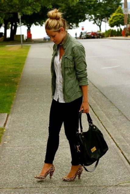Picture Of Green Army Jacket Outfits For Stylish Girls 9