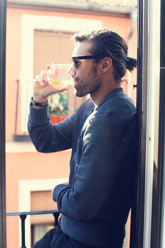 Hairstyles Man Bun : 17 Sexiest Ways To Pull Off A Man Bun - Styleoholic