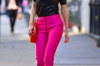20-looks-that-will-make-you-want-to-wear-colored-pants-this-spring-1