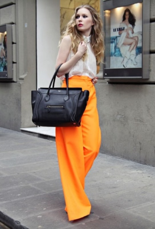 Picture Of looks that will make you want to wear colored pants this spring  11