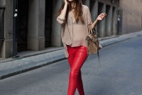 20-looks-that-will-make-you-want-to-wear-colored-pants-this-spring-13