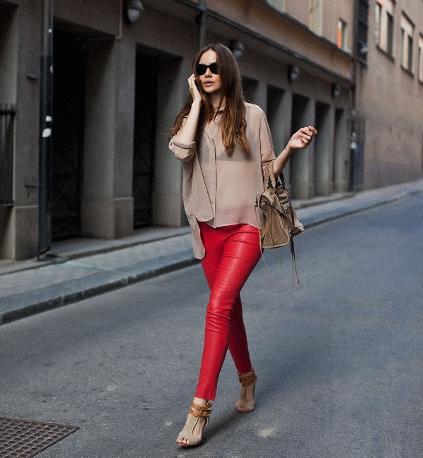 Picture Of looks that will make you want to wear colored pants this spring  13