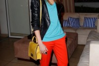20-looks-that-will-make-you-want-to-wear-colored-pants-this-spring-3