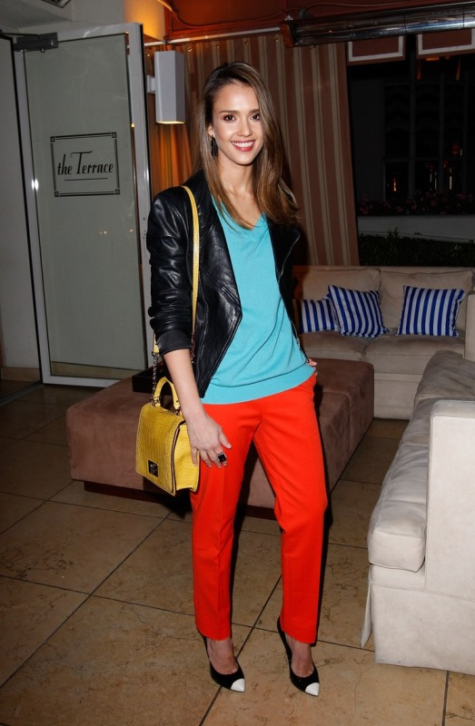 Picture Of looks that will make you want to wear colored pants this spring  3