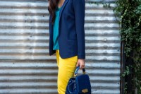 20-looks-that-will-make-you-want-to-wear-colored-pants-this-spring-7