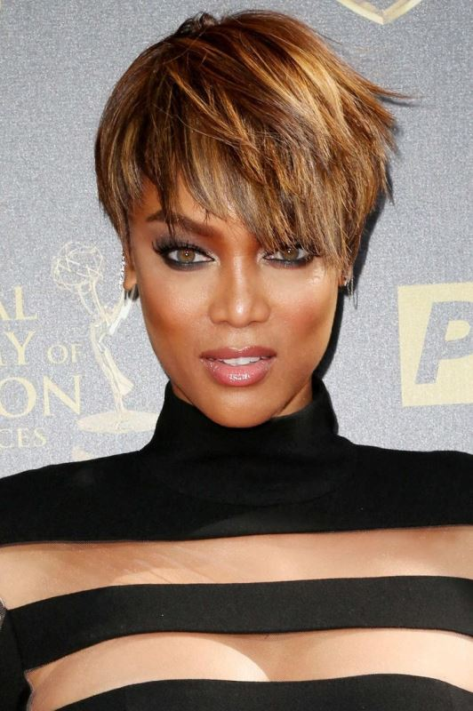 Picture Of trendy short hair looks that inspire  21