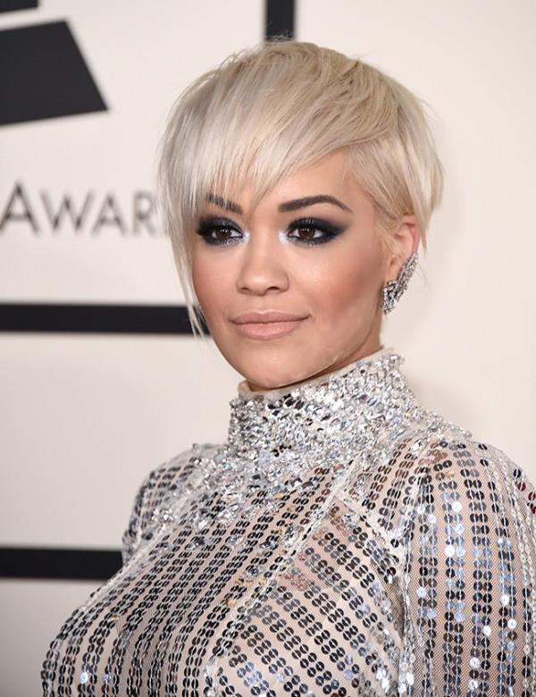 Picture Of trendy short hair looks that inspire  27