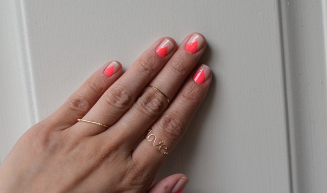 Eye-Catching DIY Triangle Nail Art