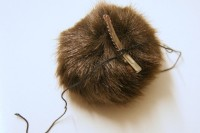 Funny DIY Fur Pom Pom Shoe Clips 3