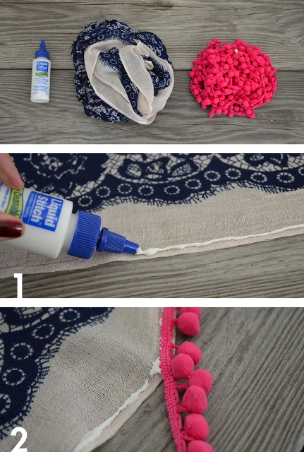 Funny And Colorful DIY Pom Pom Scarf