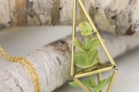 diy-brass-himmeli-succulent-necklace-1