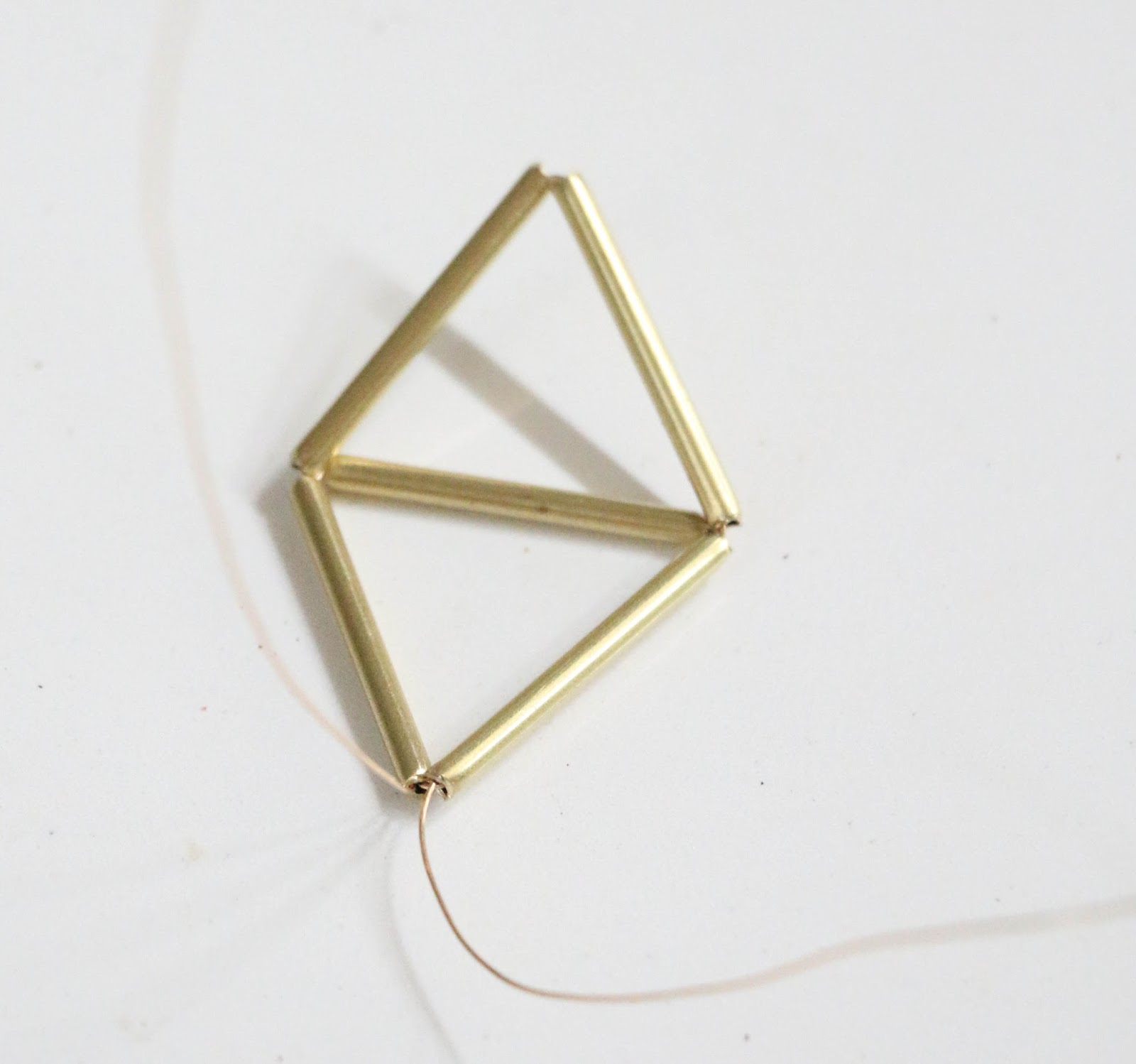 Picture Of diy brass himmeli succulent necklace  3