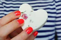 diy-rose-petals-bath-bombs-for-valentines-day-1