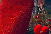 gorgeous-and-bold-clutches-for-valentines-day-9