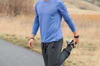sexy-and-comfy-men-workout-outfits-16