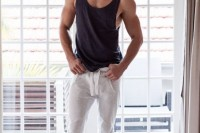 sexy-and-comfy-men-workout-outfits-7